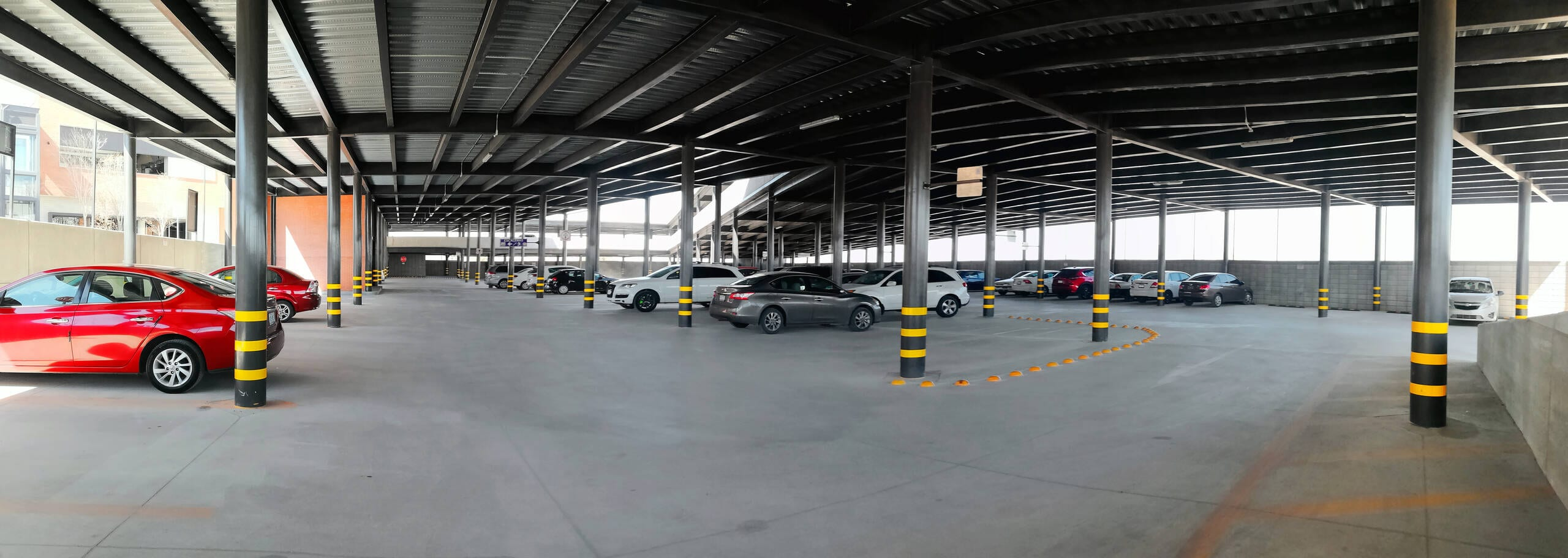 Estacionamiento Paseo Milex 2